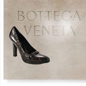 Bottega Venetta leather pumps